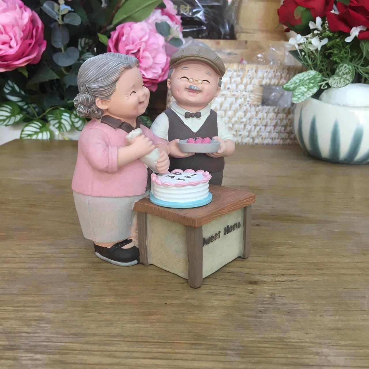 Tượng ông bà anh - Kỷ niệm ngày cưới