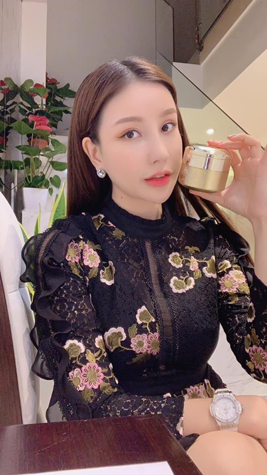 Kem Mộc Qua Pure Hàn Quốc Dưỡng Trắng Mờ Thâm Nám