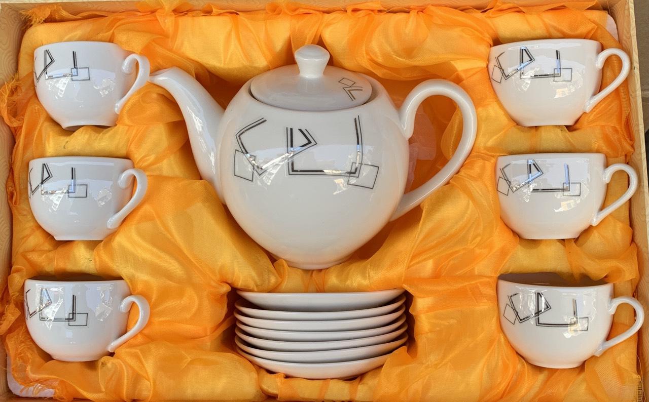Bộ ấm chén pha trà bằng sứ cao cấp hoa văn trang nhã ( Giao ngẫu nhiên ) - ANTH594