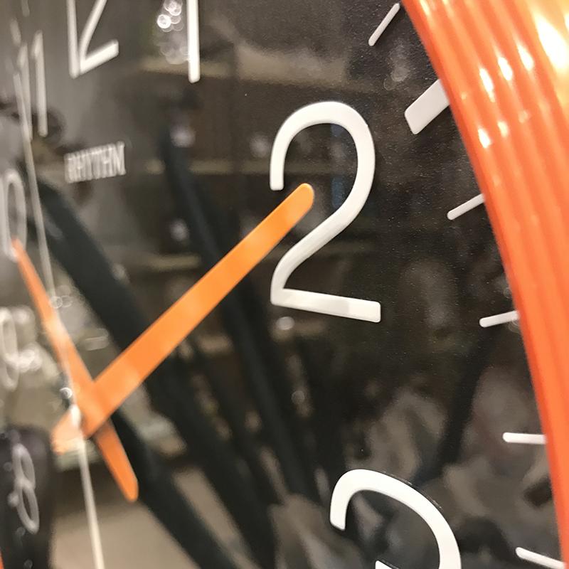 Đồng hồ treo tường hiệu RHYTHM - JAPAN CMG494DR14 (Kích thước 36.0 x 4.4cm)