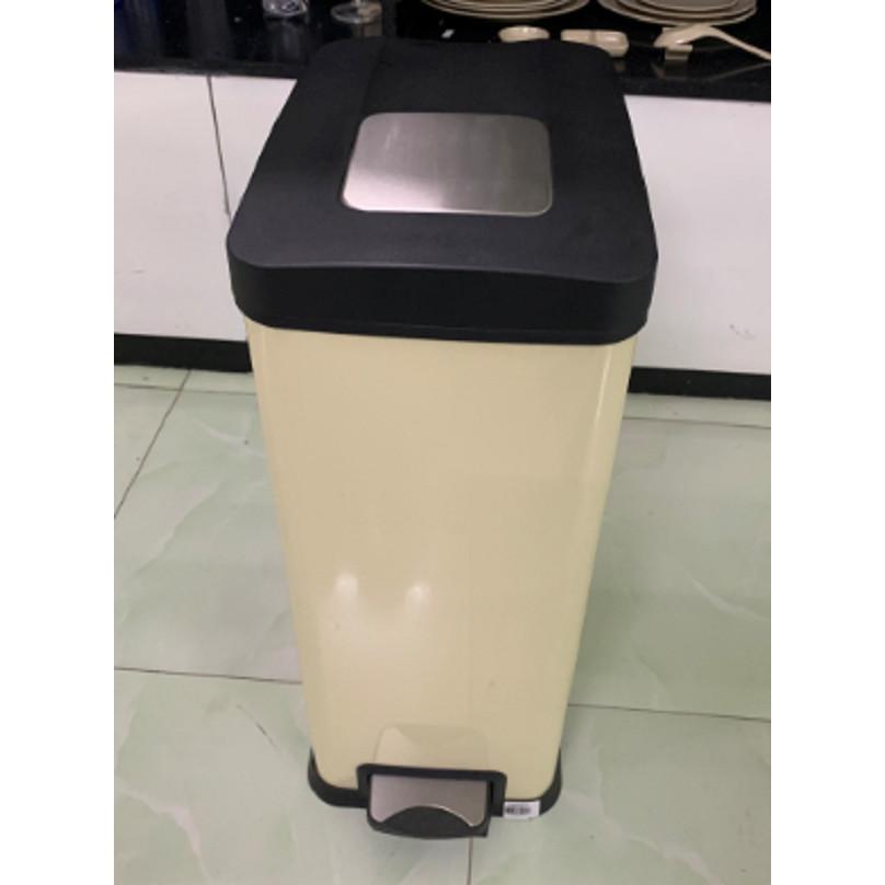Thùng rác có bàn đạp hình chữ nhật EK9238MT-30L