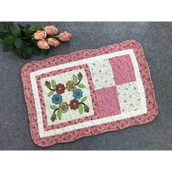 Thảm chùi chân hoa lá cành viền hồng