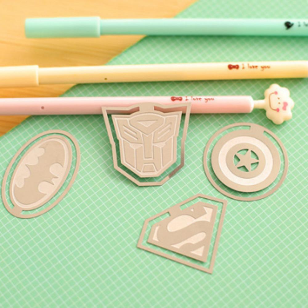 Bookmark kim loại siêu anh hùng (bộ 4 cái)