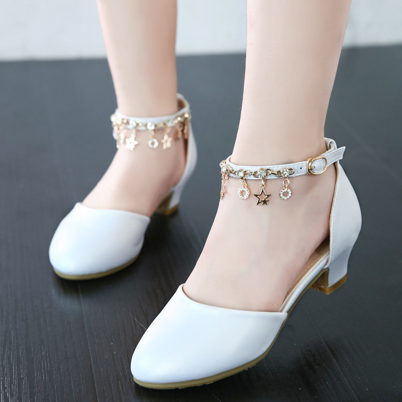Giày cao gót cho bé gái 4 - 15 tuổi màu trắng quai móc duyên dáng GE51