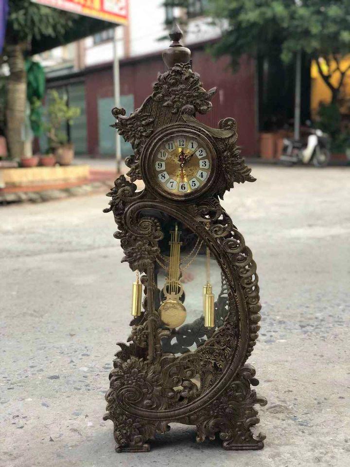 Đồng hồ để bàn Hoa Mẫu Đơn gỗ Mun đuôi công hàng cực độc, siêu đẹp