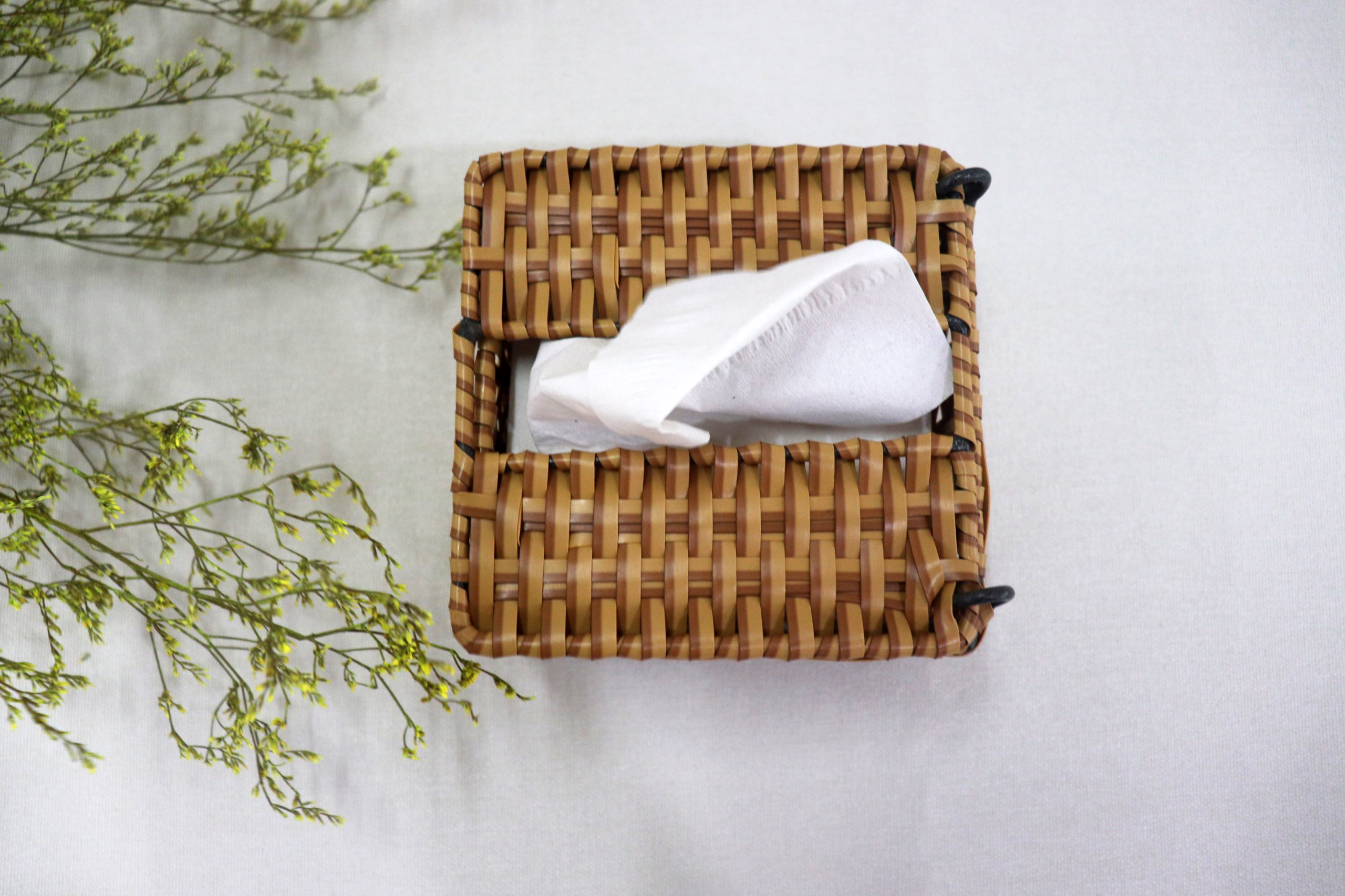 Hộp đựng khăn giấy nhựa giả mây, hộp dựng giấy D11cm
