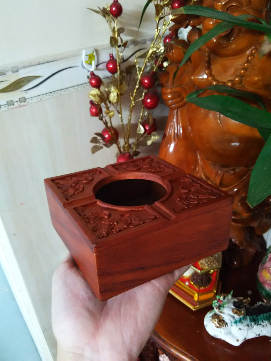 Gạt tạt thuốc gỗ hương quý trạm tích dơi tứ phúc GVD01