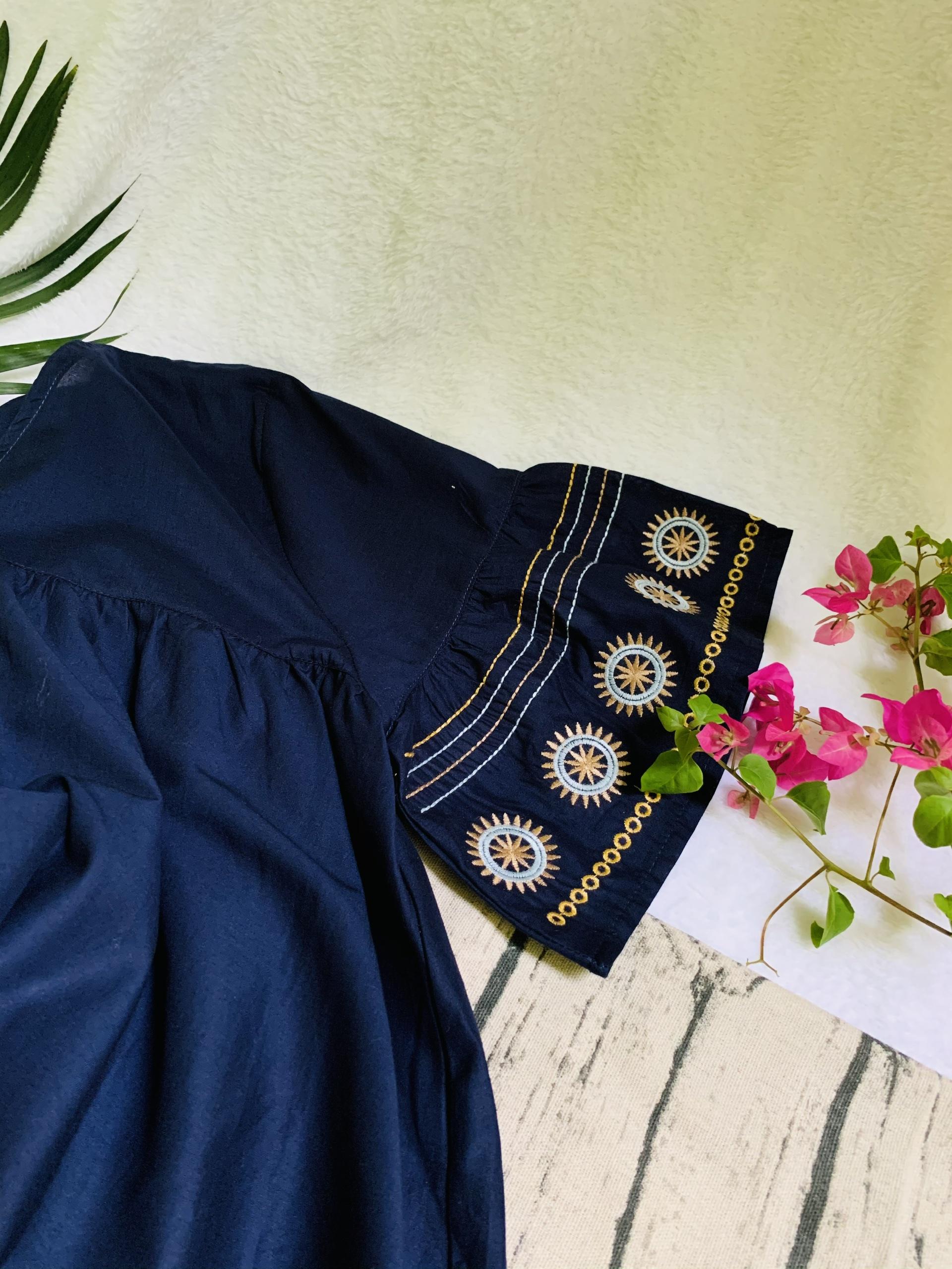 Áo kiểu form rộng chất cotton thêu cao cấp trung niên