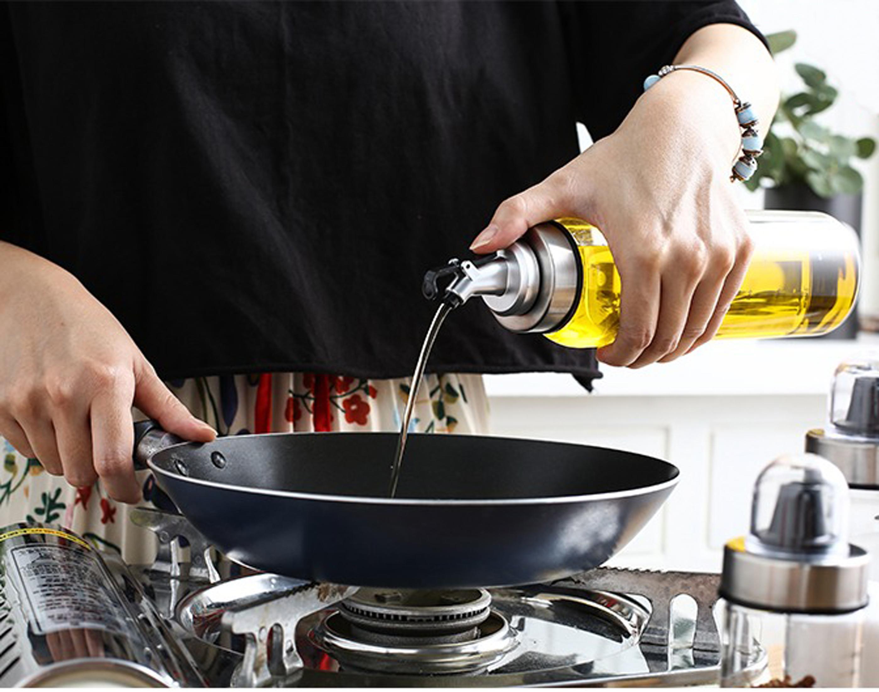 Bình thủy tinh 300ml đựng dầu ăn, giấm, nước tương, nước mắm, gia vị - 211