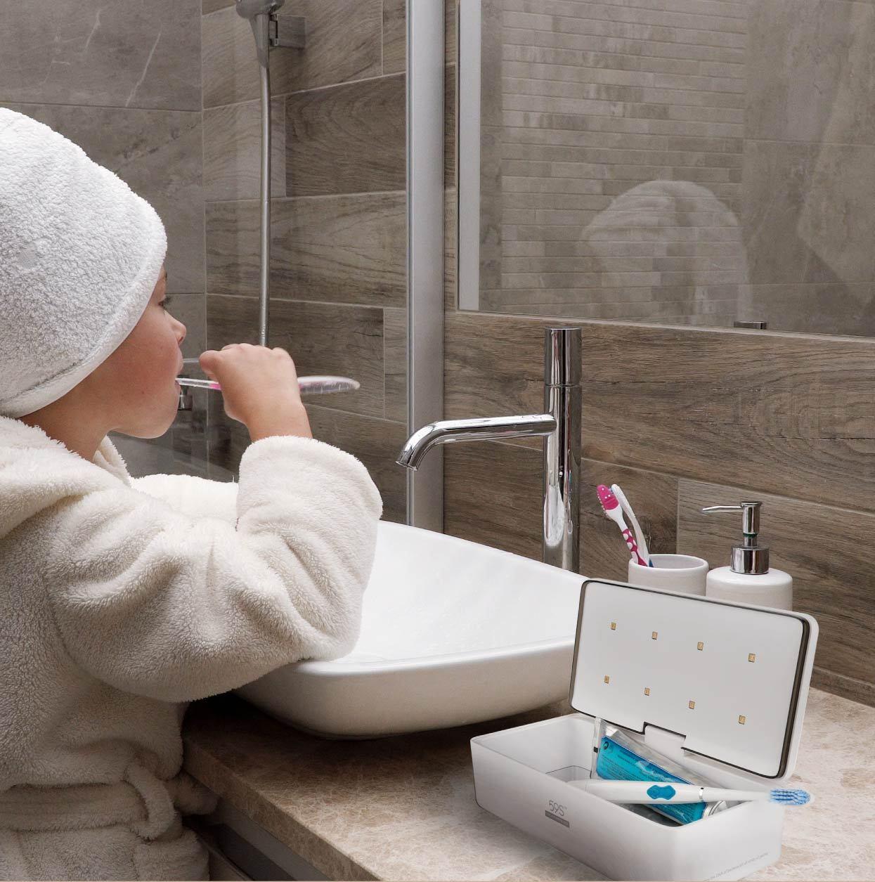 Hộp khử trùng bề mặt khẩu trang/ điện thoại/ kính sát tròng bằng tia UV LED công suất cao tiêu diệt tới 99.99% vi khuẩn/virút 59s