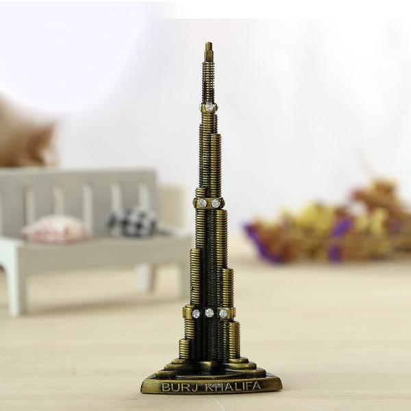 Mô hình nhà chọc trời Burj Khalifa cao 22 cm (Màu Vàng Rêu)