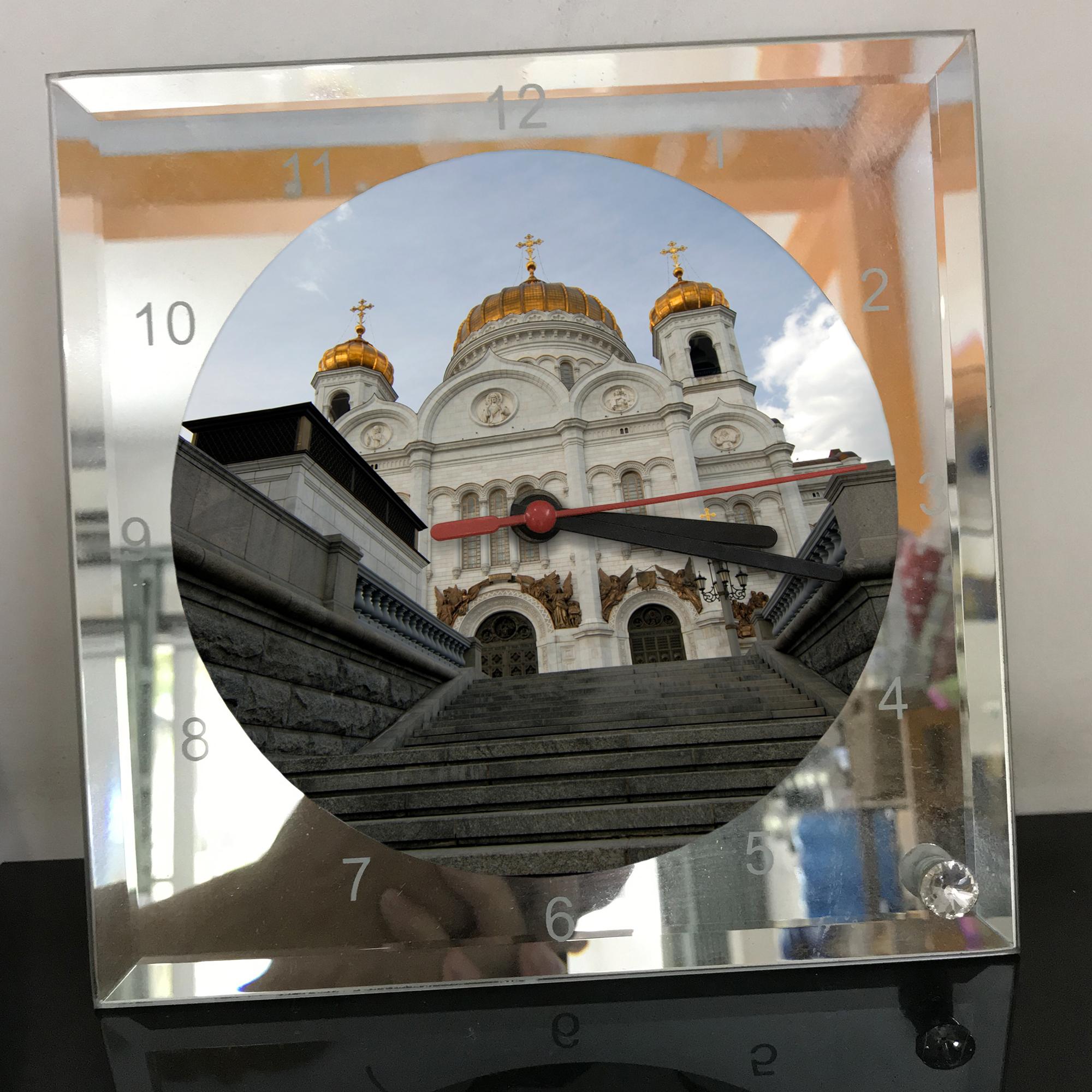 Đồng hồ thủy tinh vuông 20x20 in hình Cathedral Of Christ the saviour (32) . Đồng hồ thủy tinh để bàn trang trí đẹp chủ đề tôn giáo