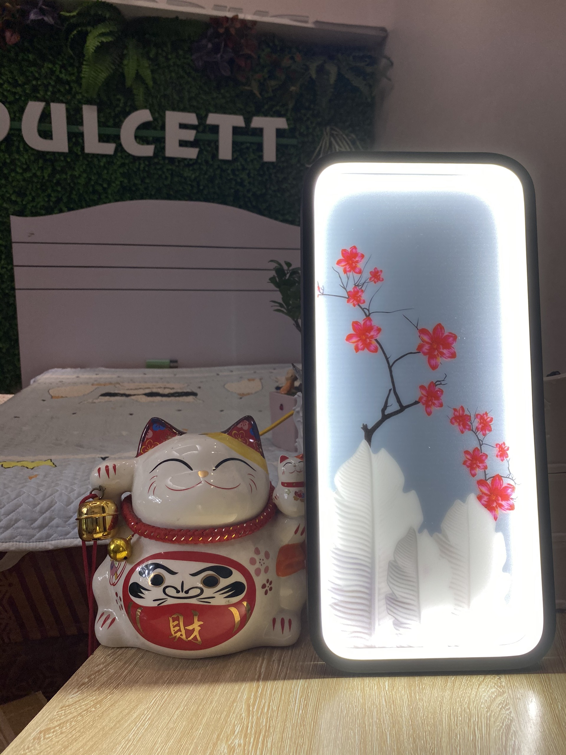 Đèn Led Tranh Gắn Tường - DGT06- Đèn LEd Tranh Trang Trí. Đèn tranh trang trí treo tường là những mẫu đèn có kết cấu đơn giản, kiểu dáng thiết kế độc đáo, nhỏ gọn.