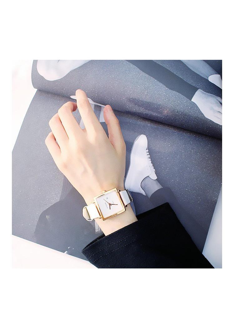 Đồng hồ nữ đẹp đeo tay dây nhung cao cấp DH86