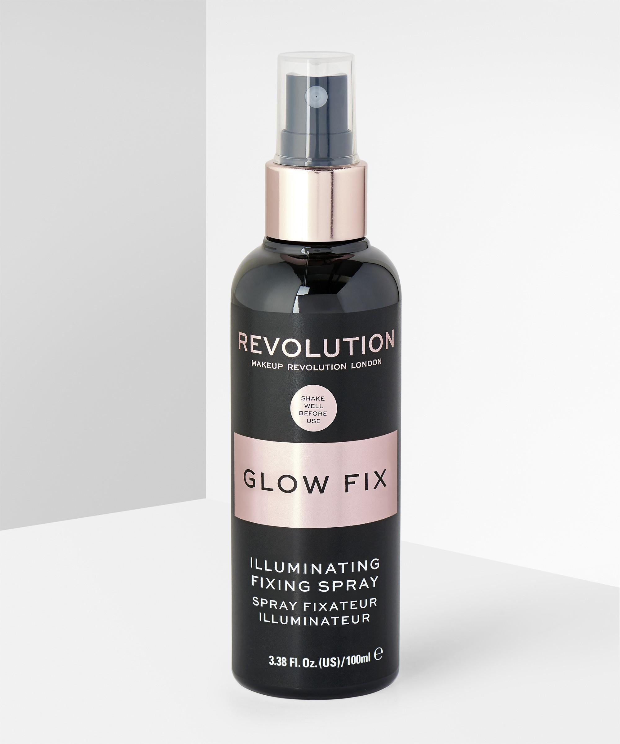 Xịt cố định lớp trang điểm và bắt sáng Makeup Revolution Glow Fixing Spray 100ml