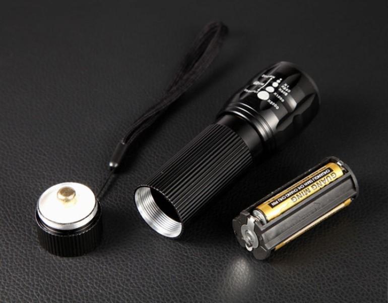 Đèn pin mini siêu sáng