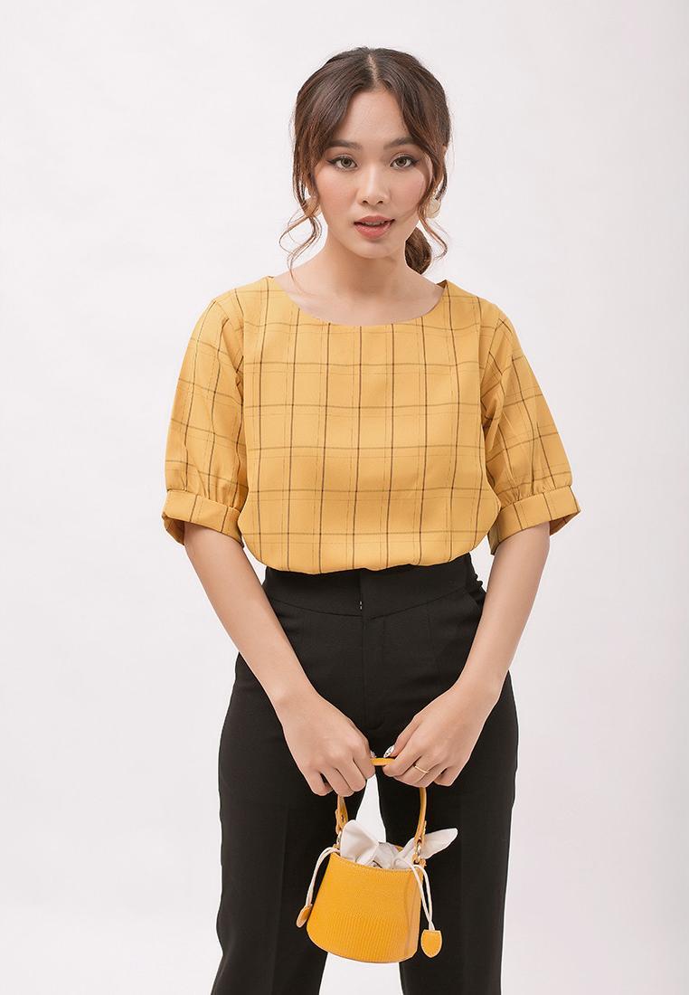 Áo kiểu thời trang Eden caro phom rộng tay ngắn phối nút. Họa tiết caro thời trang. Chất liệu mềm mại, không nhăn - ASM063
