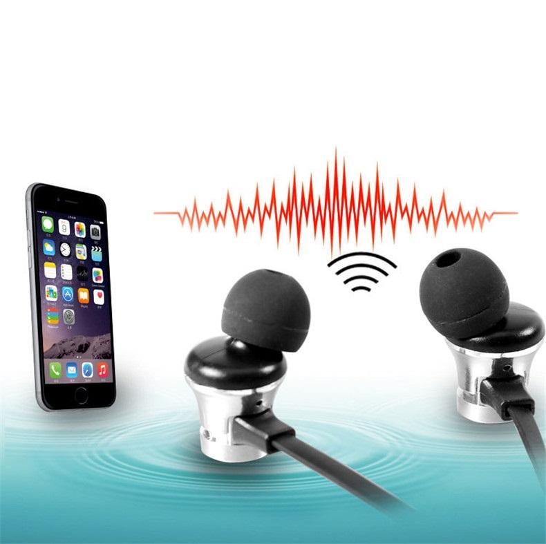 Tai Nghe Bluetooth Nhét Tai Cao Cấp Có Dây XT-112 (Giao Màu Ngẫu Nhiên)