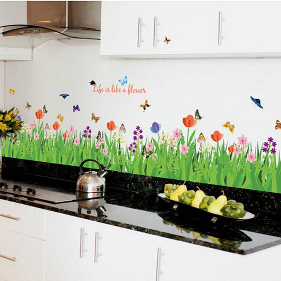 Decal dán tường chân rào hoa và bươm bướm sk9057