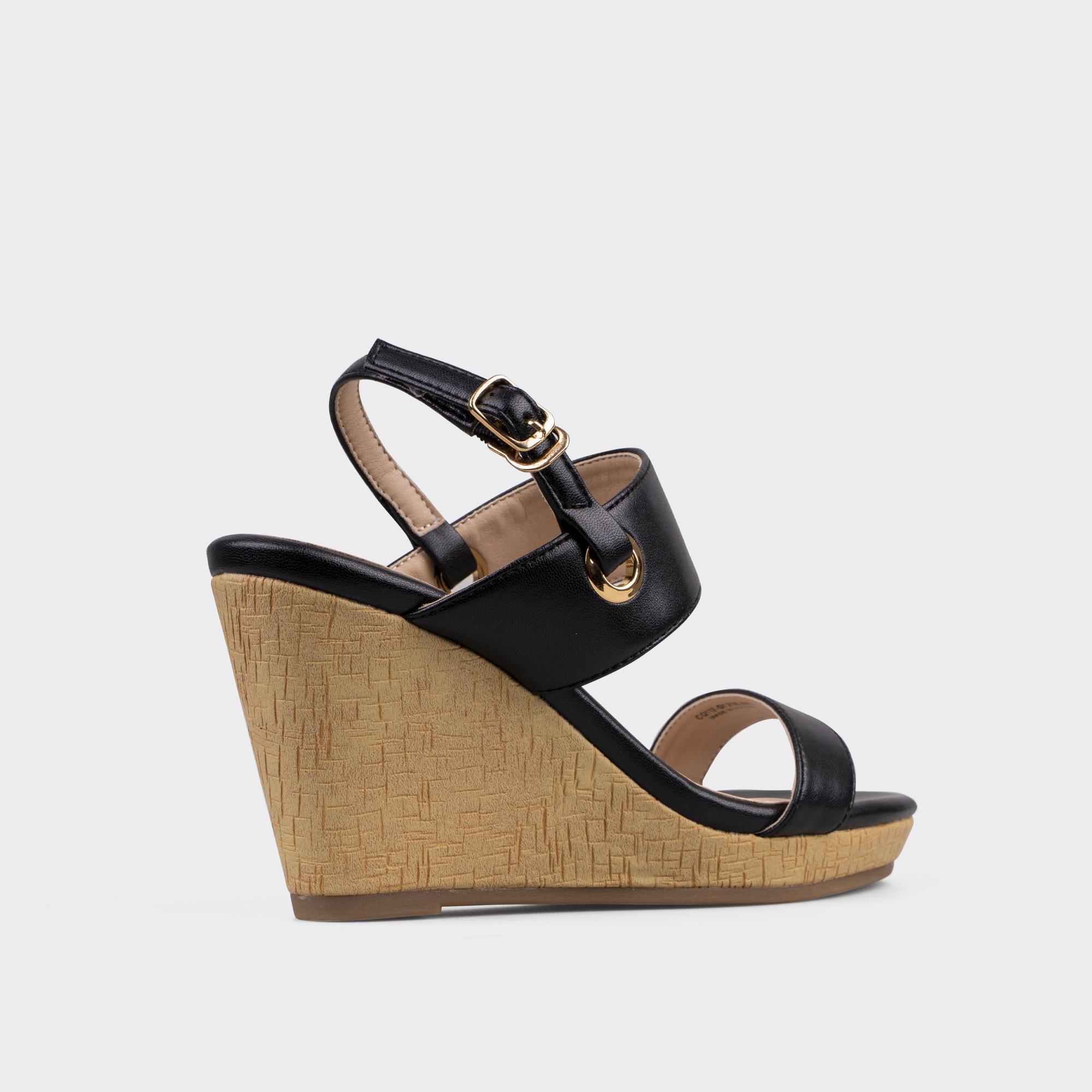 Giày Sandal nữ đế xuồng  ChristinA-Q XDX112