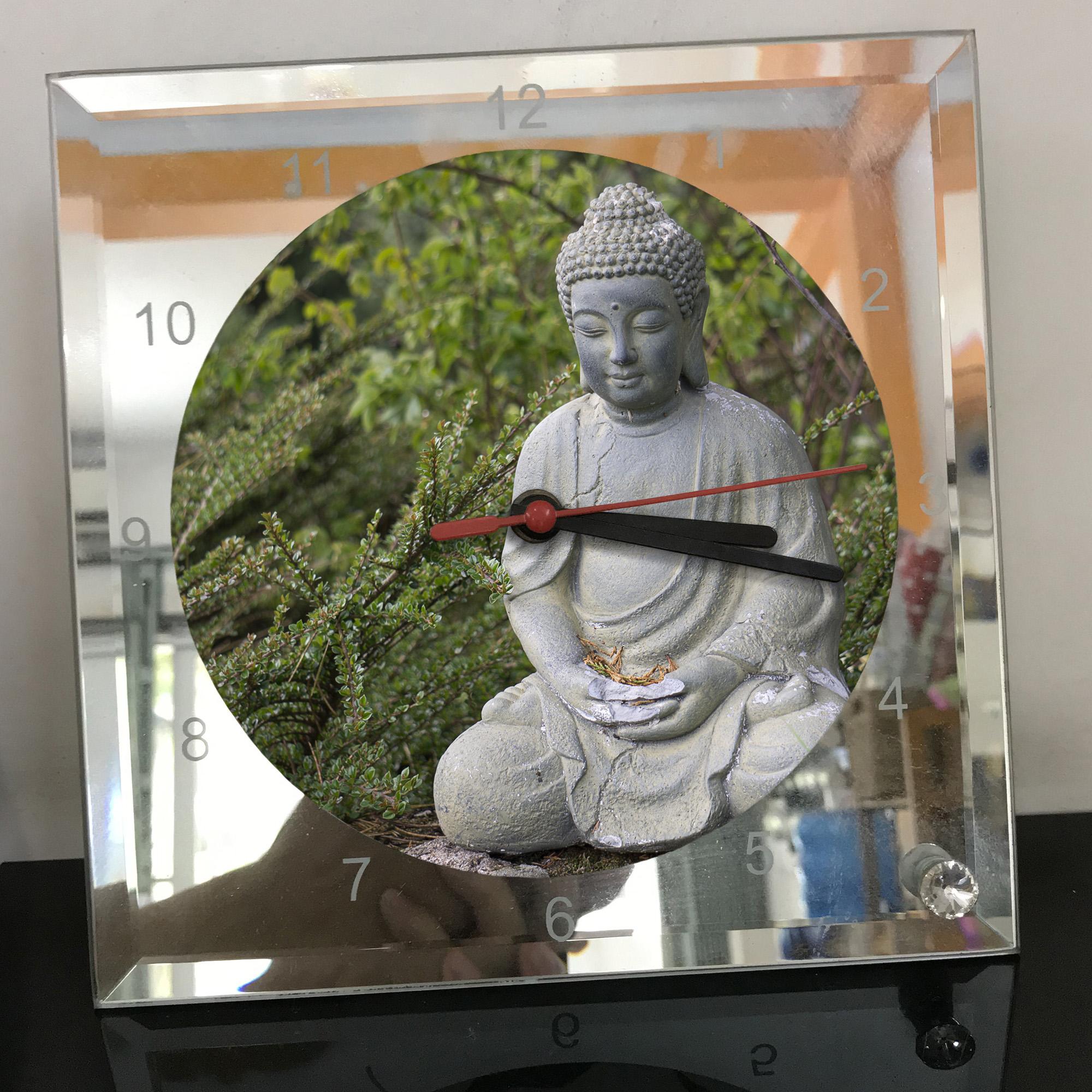Đồng hồ thủy tinh vuông 20x20 in hình Buddhism - đạo phật (99) . Đồng hồ thủy tinh để bàn trang trí đẹp chủ đề tôn giáo