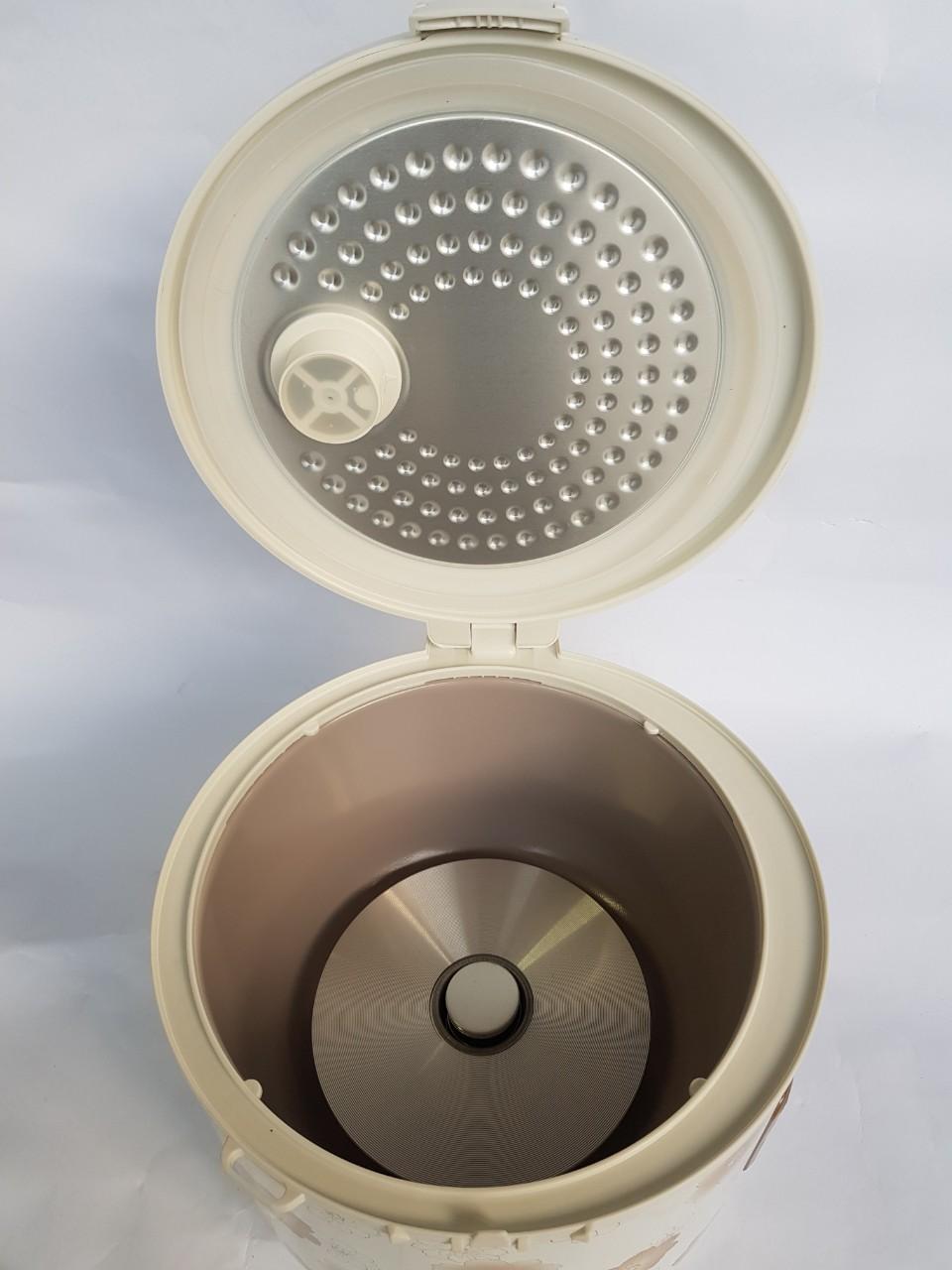 Nồi Cơm Điện Lorente LT-8687, 1.8L , 700W, Lòng chống dính - Hàng Chính Hãng