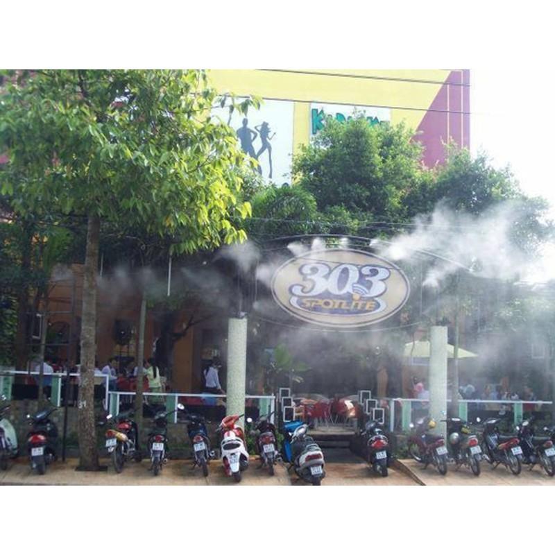 Máy Phun Sương Làm Mát Không Khí Cho Nhà Hàng, Quán Cafe