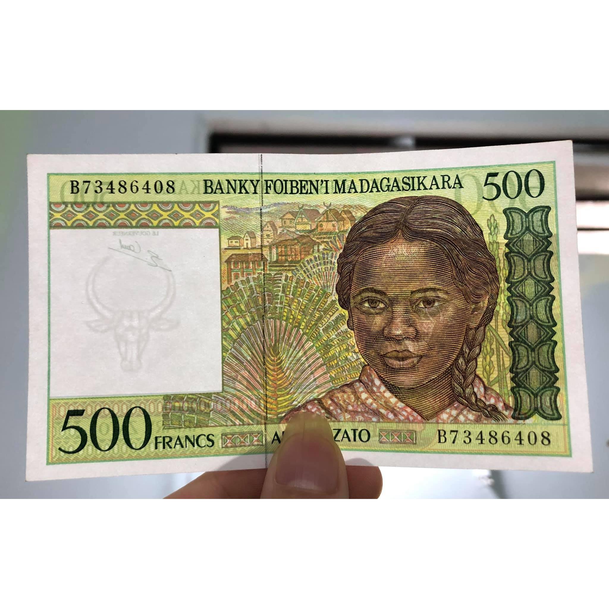 01 tờ tiền cổ 500 Francs của Madagasikara 1994 sưu tầm