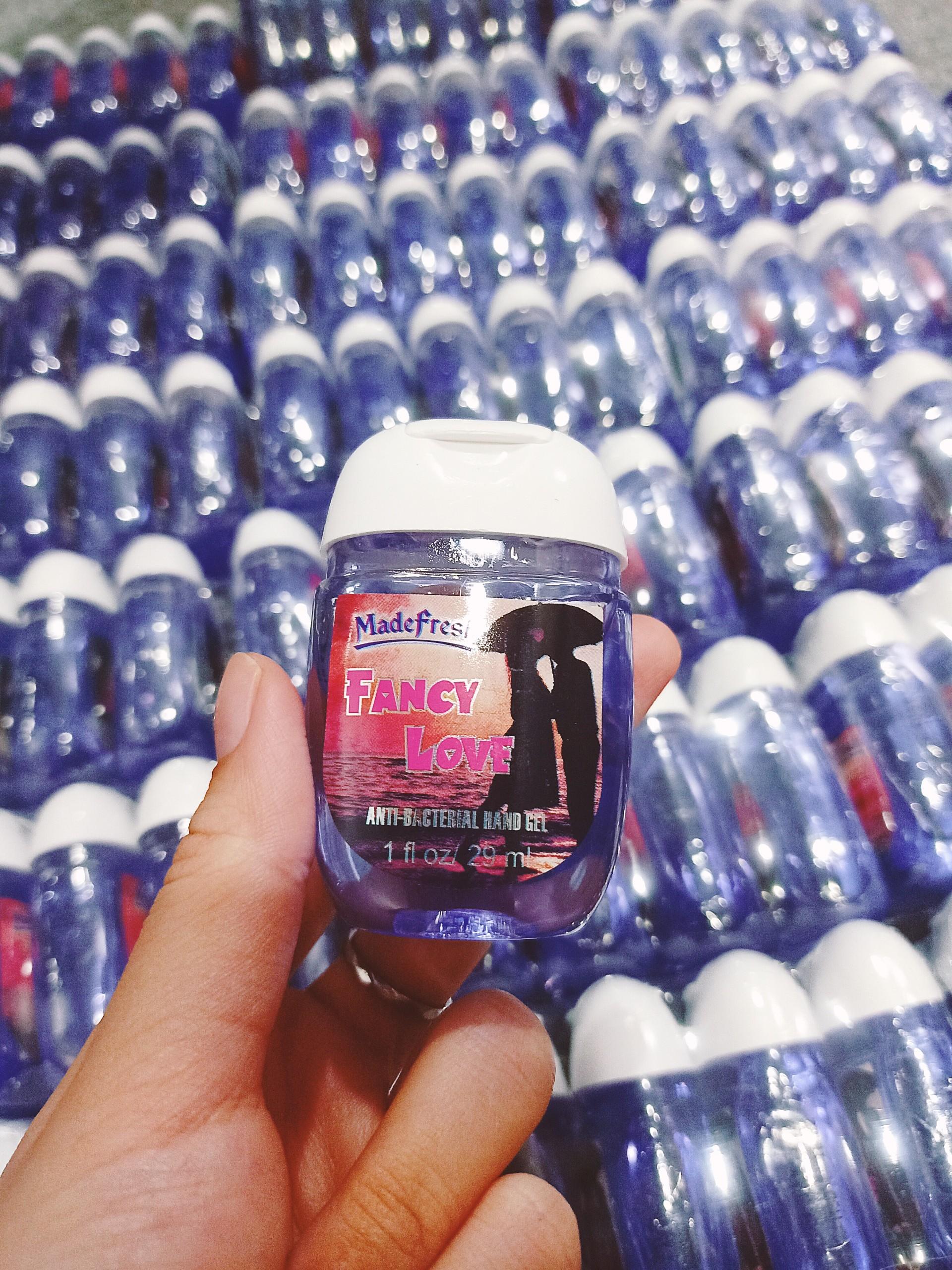 Gel rửa tay khô Madefresh 29ml - Tím (hương nước hoa)