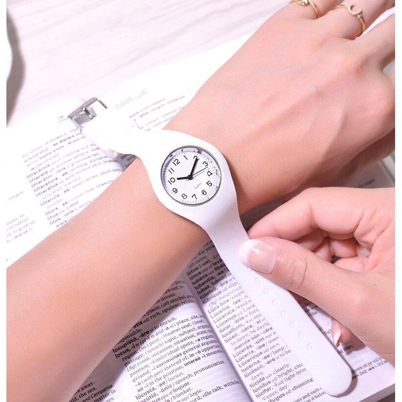 Đồng hồ thời trang nữ mặt số dây silicon cá tính GT47