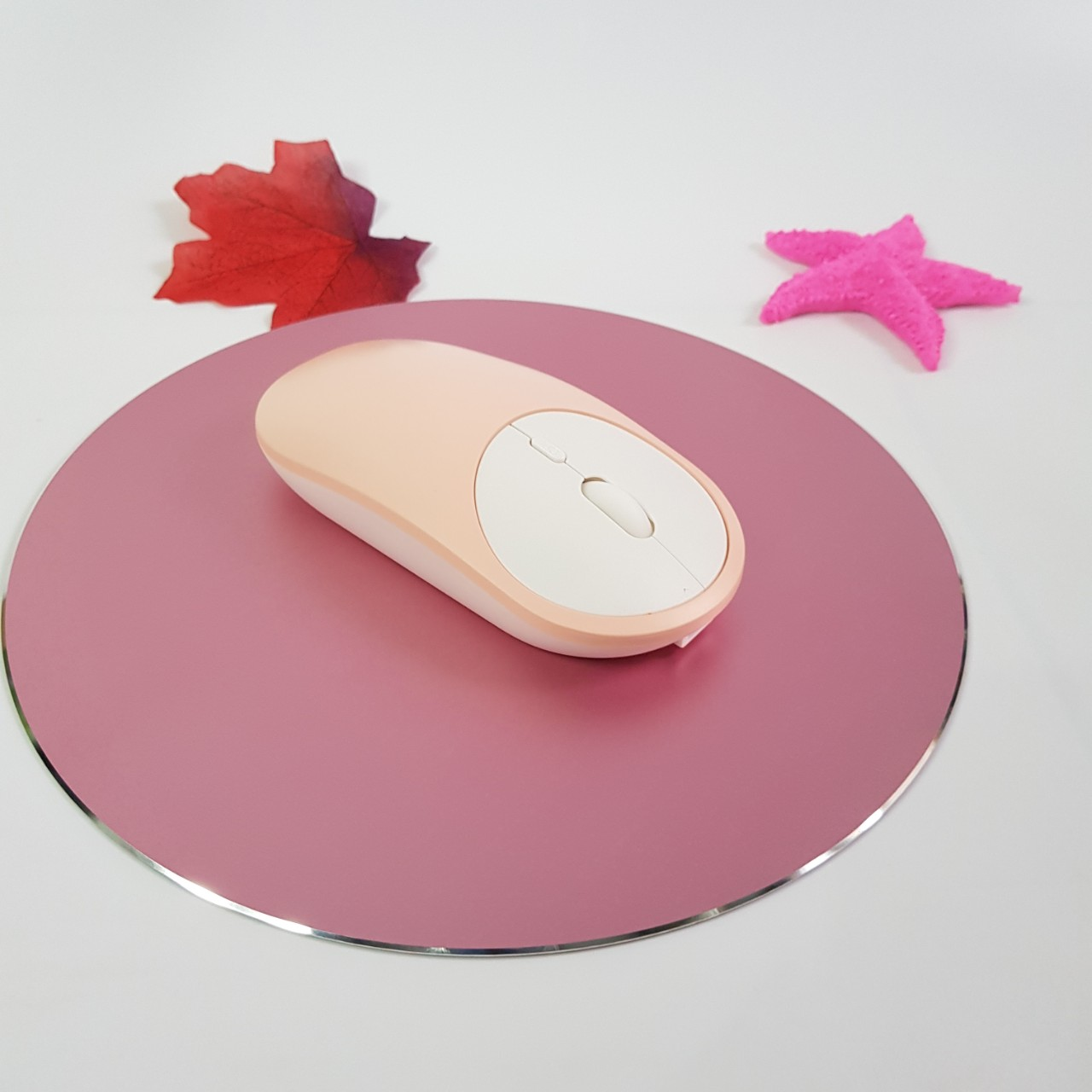 Bộ chuột và miếng lót chuột không dây kết nối cả 2 Bluetooth và USB