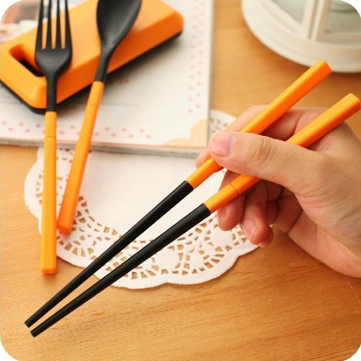 Bộ đũa muỗng nĩa gấp gọn