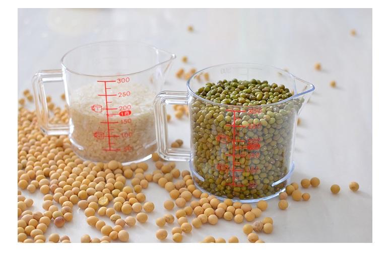 Bộ 02 cốc đo lường chia vạch đa năng Inomata - Nội địa Nhật Bản