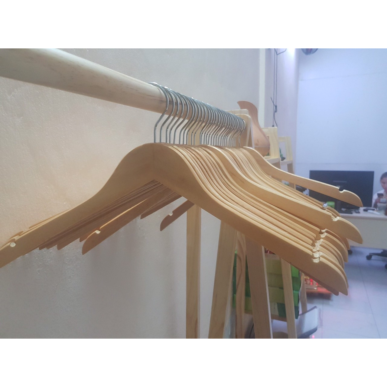 Combo CHỤC móc gỗ treo quần áo KHÔNG THANH NGANG