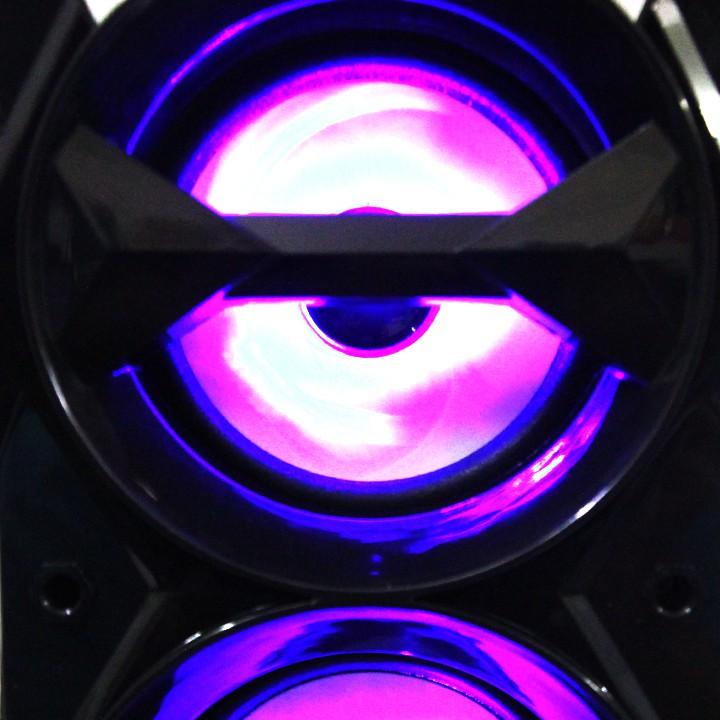 Loa gỗ Bluetooth xách tay kèm theo Đèn LED nhấp nháy Cao Cấp Âm Loa gỗ Bluetooth xách tay kèm theo Đèn LED nhấp nháy Cao Cấp Âm Thanh Siêu Trầm