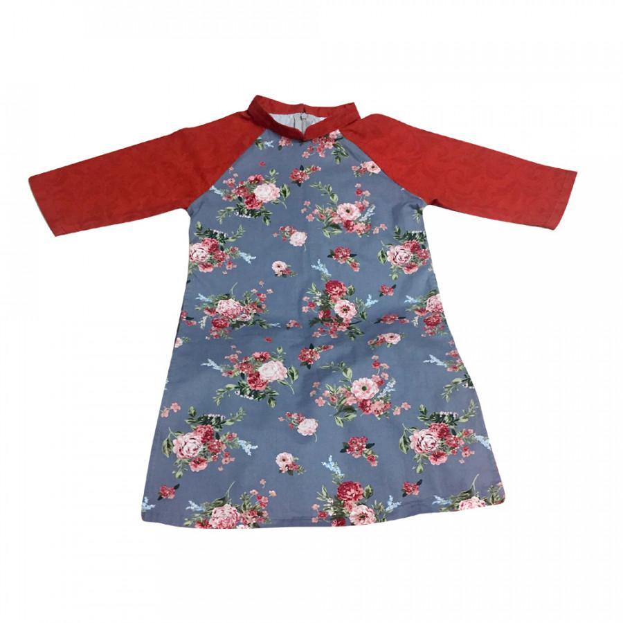 Áo dài cách tân trẻ em dành cho bé gái HaleeKidz - 2 - 23127570 , 1687653431420 , 62_10066848 , 262000 , Ao-dai-cach-tan-tre-em-danh-cho-be-gai-HaleeKidz-2-62_10066848 , tiki.vn , Áo dài cách tân trẻ em dành cho bé gái HaleeKidz - 2