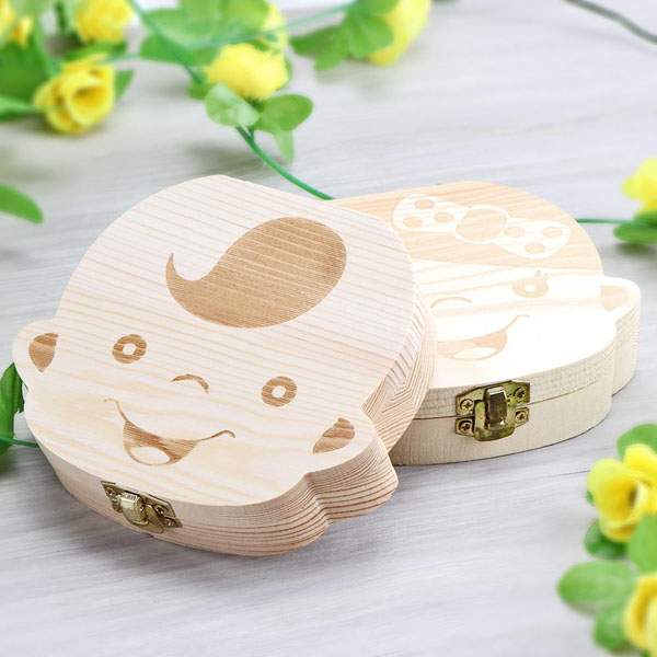 Hộp đựng răng sữa cho bé bằng gỗ để lưu giữ làm kỉ niệm