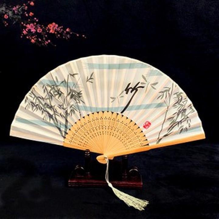 Quạt gỗ trúc trắng đón gió phong cách cổ trang quạt cầm tay cosplay tặng thẻ Vcone
