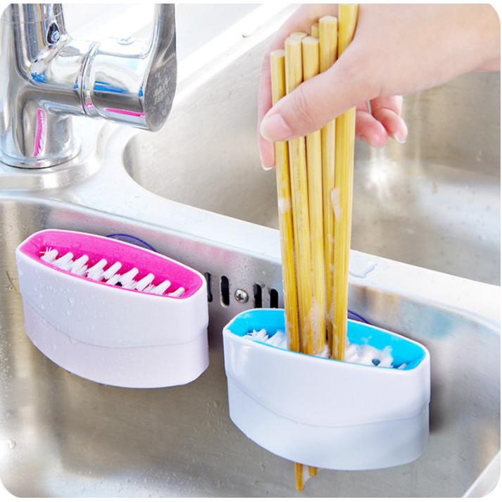 Bàn chải rửa đũa đa năng (giao màu ngẫu nhiên )