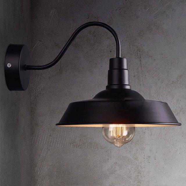 Đèn gắn tường trang trí kiểu công nghiệp mũ chụp VT06