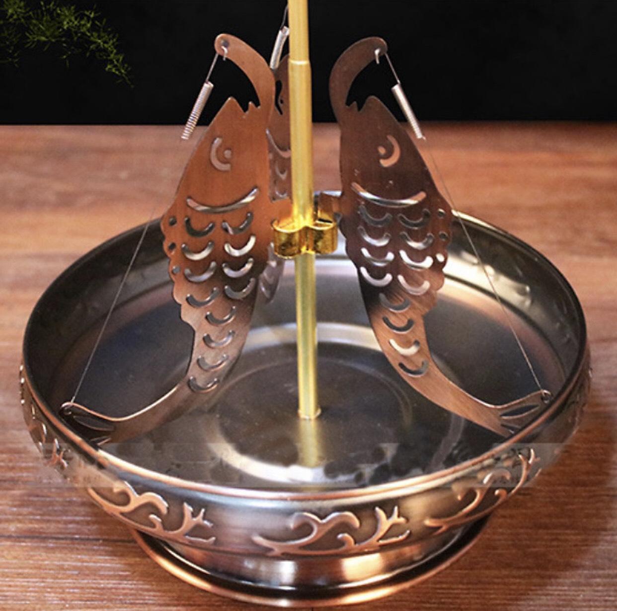 Đĩa thắp nhang vòng 24 h hợp kim si đồng đỏ( tặng kèm 1 vòng hương thảo dược 24 h ) mẫu 3 cá Chép BH900