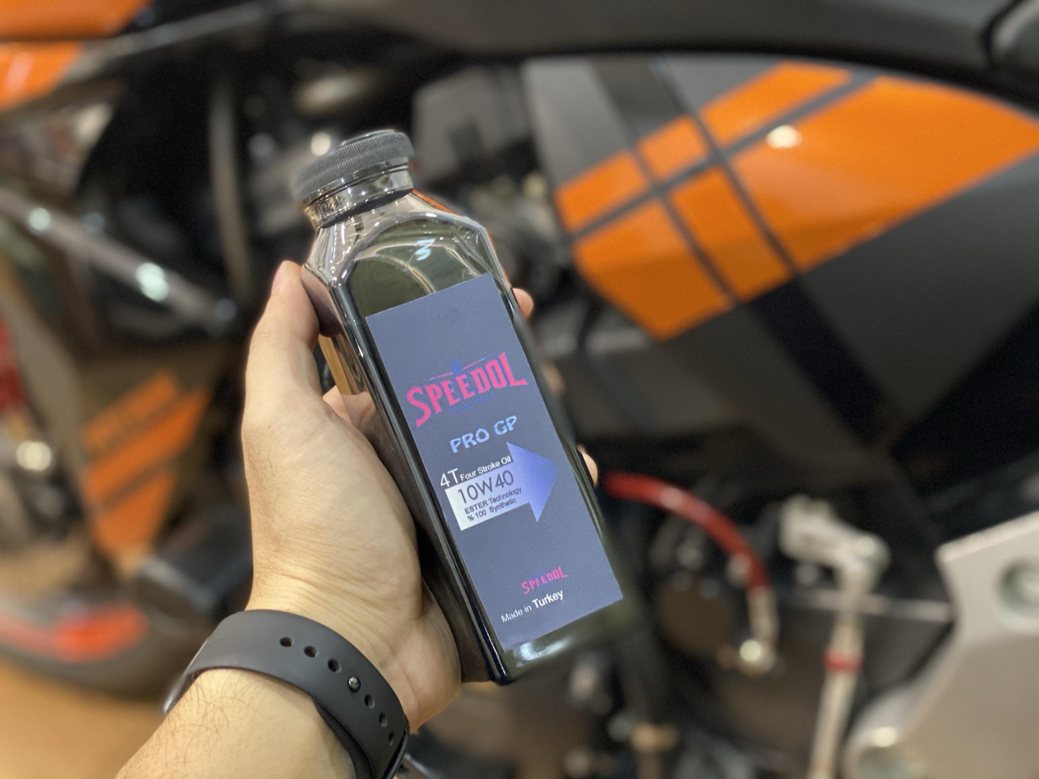 Nhớt Speedol Pro GP 10W40 Chai 300ml