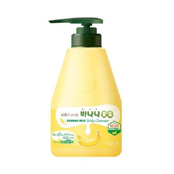 Sữa tắm thảo dược sữa và tinh chất chuối Welcos banana milk body cleanser 560g