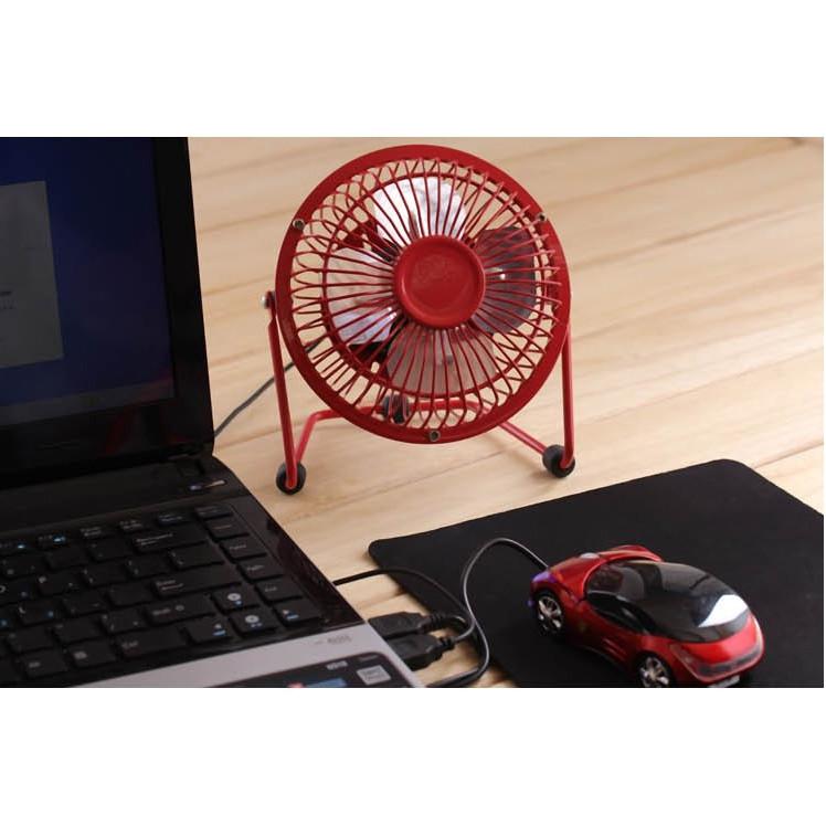 Quạt mini cắm cổng USB có lồng sắt công suất lớn màu ngẫu nhiên ( Tặng kèm 1 quạt mini cắm cổng USB vỏ nhựa )