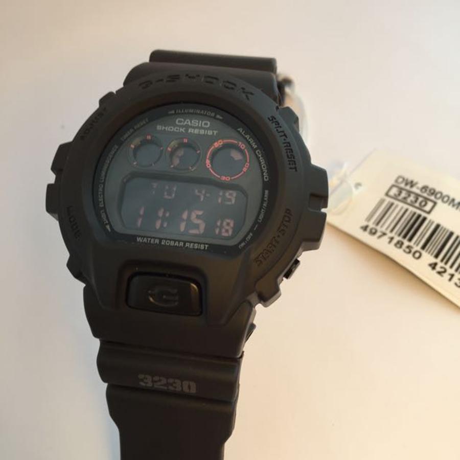 Đồng hồ nam dây nhựa Casio G-SHOCK DW-6900MS-1DR