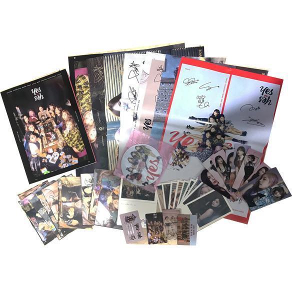 Combo photobook Twice Yes or yes tặng kèm thẻ bài album ảnh tặng kèm poster tập ảnh hình ảnh thần tượng nhóm nhạc idol hàn quốc tặng ảnh thiết kế vcone