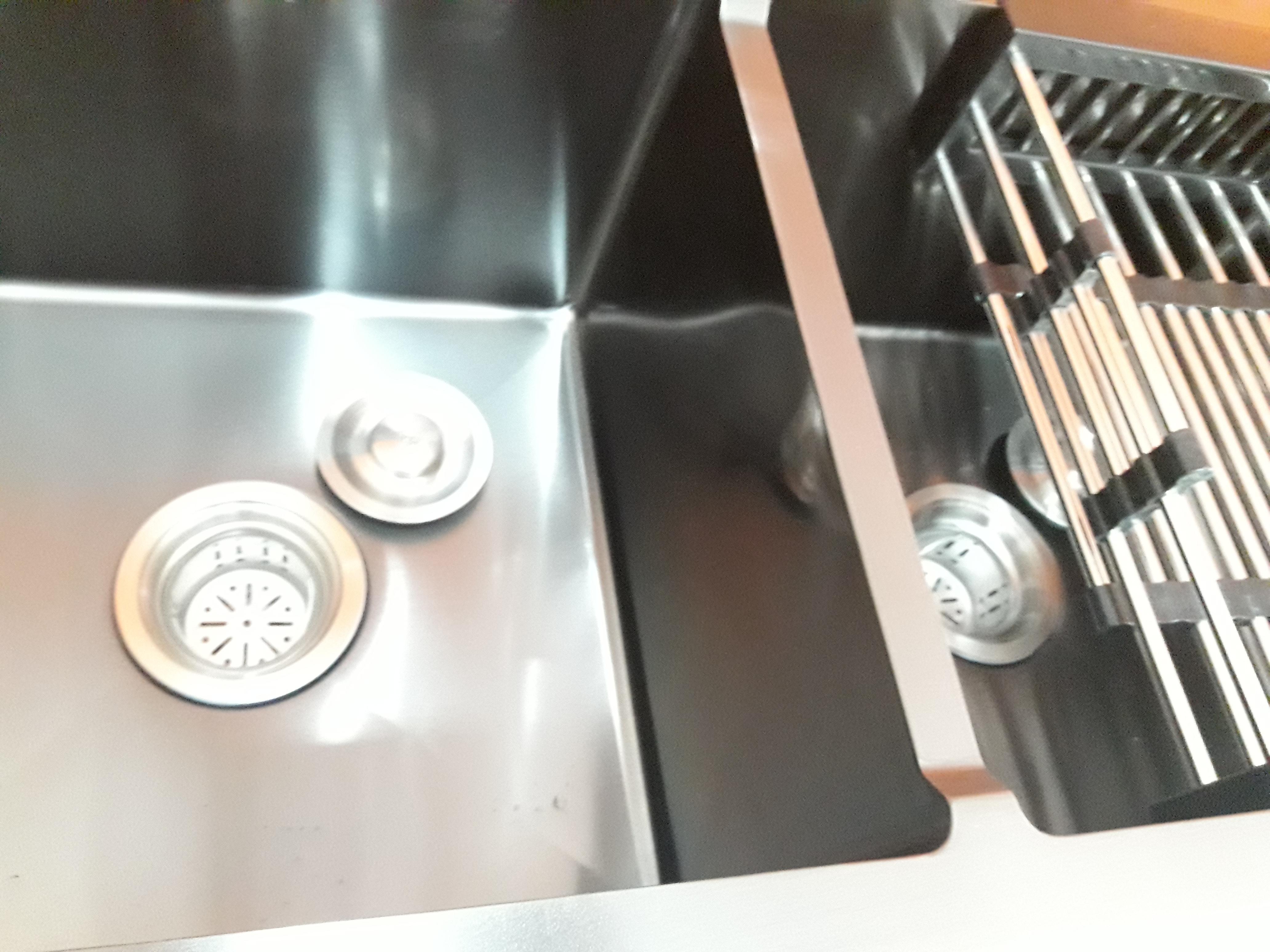 Chậu rửa chén bát nano kháng khuẩn, inox 304, màu ngọc trai đen kèm vòi mềm