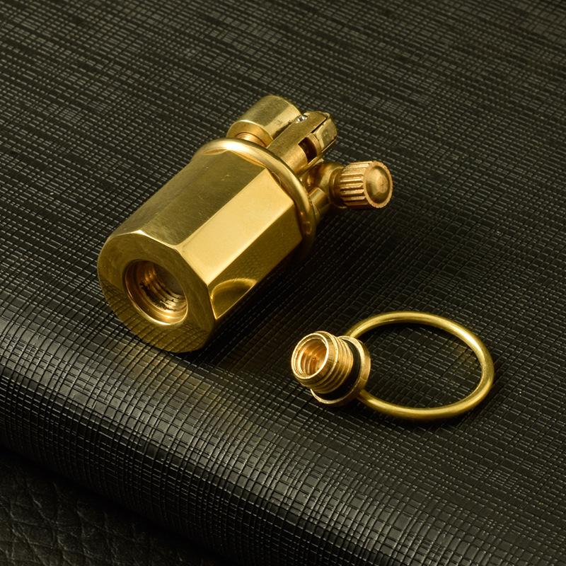 Hộp Qụet Bật Lửa Xăng Đá Mini Đồng  Z65 Thiết Kế Đẹp Độc Lạ Màu Vàng Trơn - Dùng Xăng Bấc Đá Cao Cấp