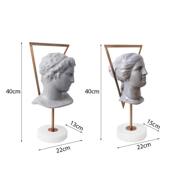 Tượng bán thân thần thoại La Mã Eileithyia