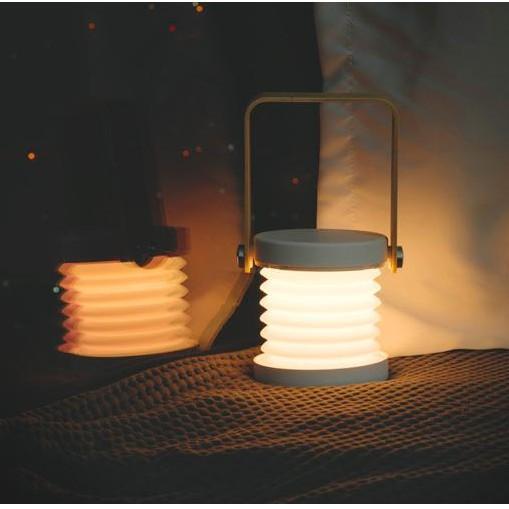 Đèn để bàn dạng lồng xếp gọn chất liệu gỗ phong cách Nhật Bản